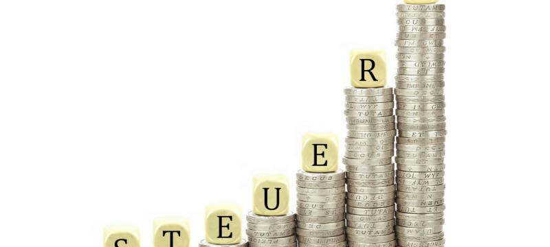 Befragung der Julius Raab Stiftung zeigt: Mittelstand spürt Steuerlast.